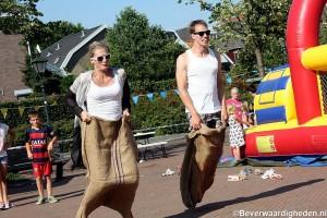 Estafette zaklopen op Kidsdag, Oud IJsselmonde