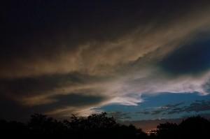 Dreigende wolken boven de Beverwaard